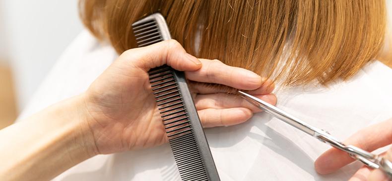 髪のうるおいを維持する似合わせカット